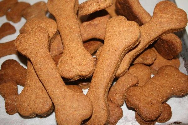 Рецепты лакомств для собак своими руками